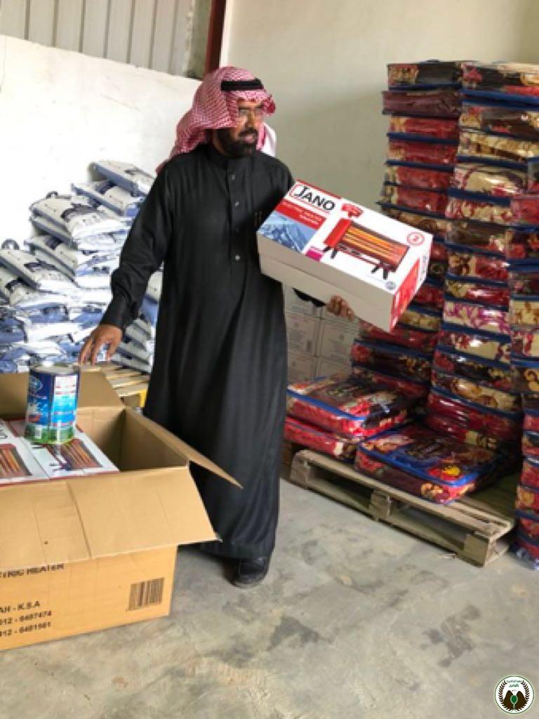 جمعية البر بالمضيح تنهي توزيع السلة الغذائية وكسوة الشتاء